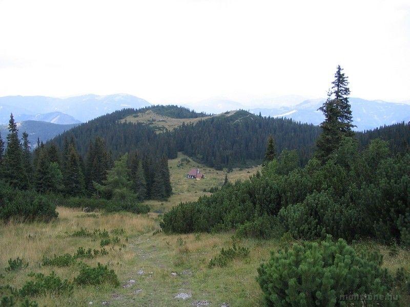 kocsma útközben: a Gloggnitzer Hütte