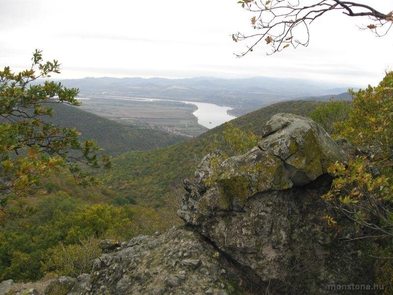 Kilátás a Duna-kanyarra